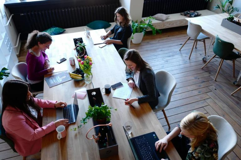 Benefit From A Coworking Community: 6 Tips to Help You