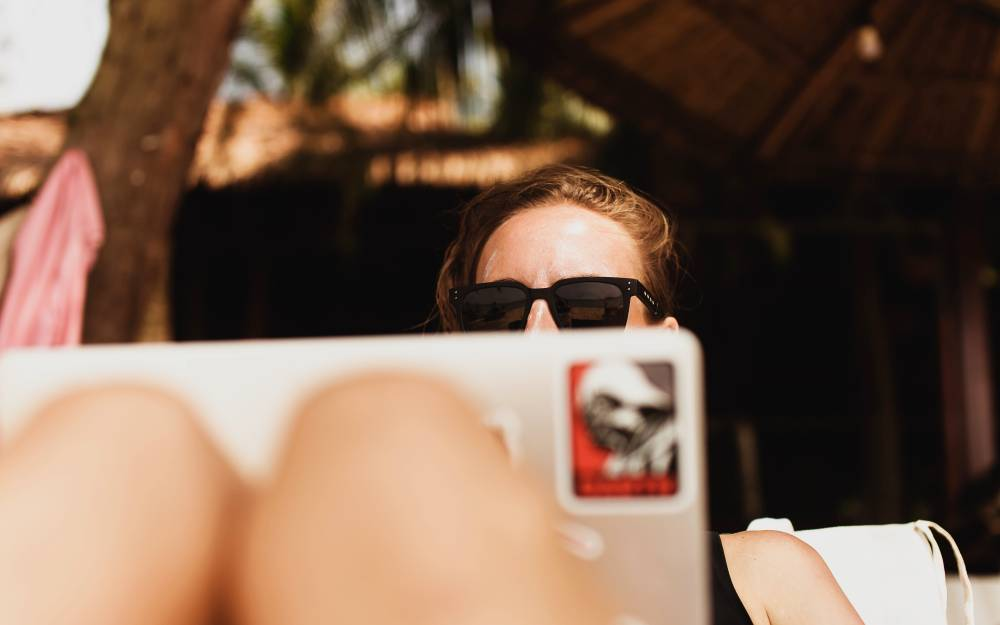 How to set up your freelance career to allow flexible work on vacation so you have more time with your family and friends.